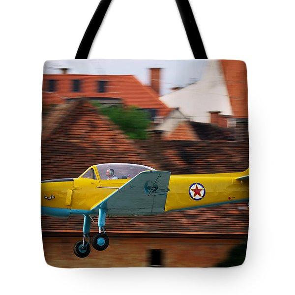 Flying low Tote Bag by Ivan Slosar
