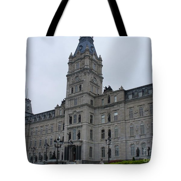 Full View Of Quebec's Parliament Building Tote Bag by Lingfai Leung