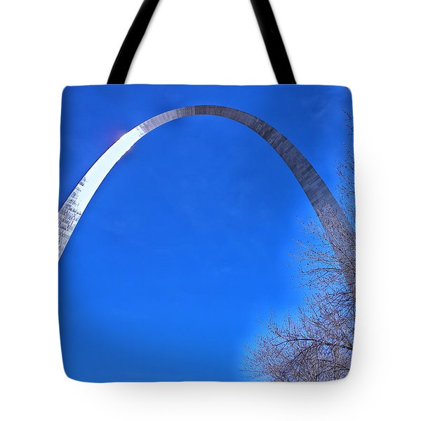 Gateway Arch St Louis 03 Tote Bag by Thomas Woolworth