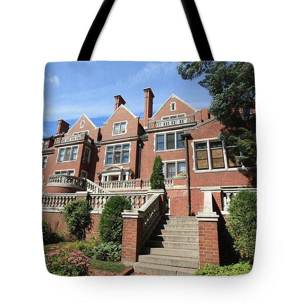 Glensheen Mansion Exterior Tote Bag by Amanda Stadther