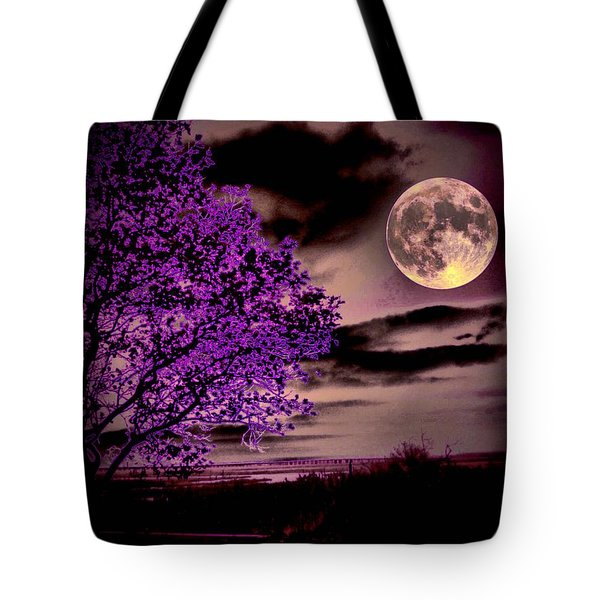 Grape Leaves Tote Bag by Robert McCubbin