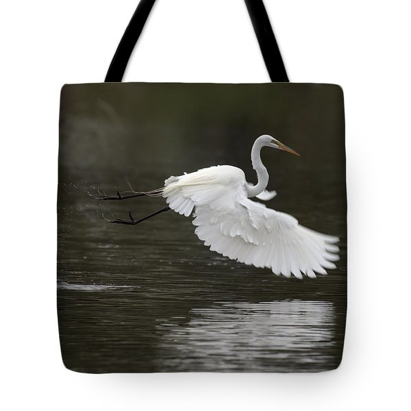 Great Egret Takeoff Tote Bag by Gary Langley
