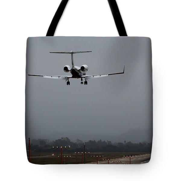 Gulfstream Approach Tote Bag by John Daly