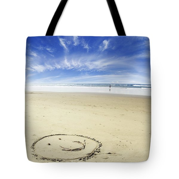 Happiness Tote Bag by Les Cunliffe