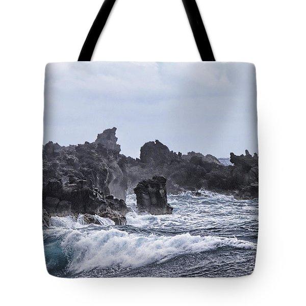 Hawaii Waves V1 Tote Bag by Douglas Barnard
