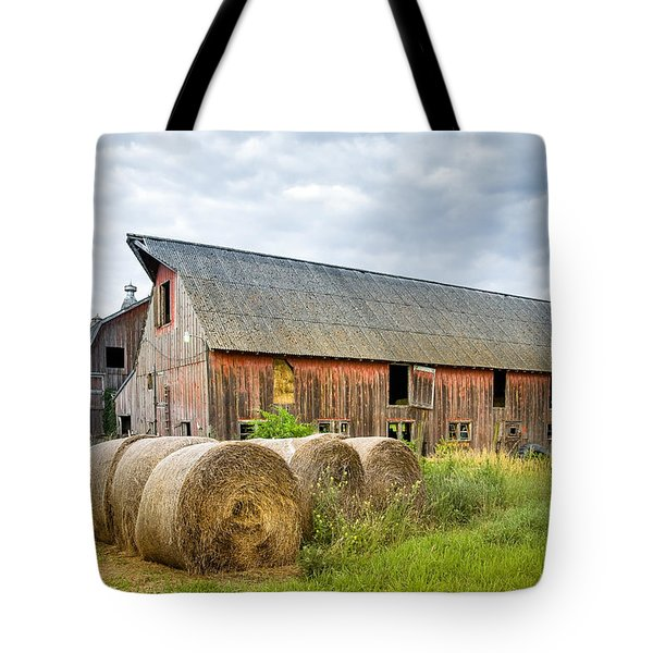 Hay Bales And Old Barns Tote Bag by Gary Heller