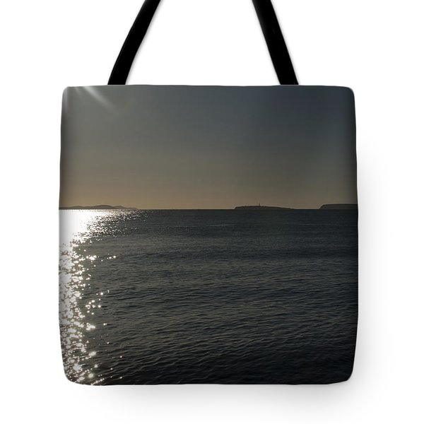 Here Comes The Sun Tote Bag by Steve Purnell