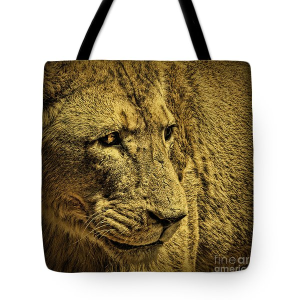 Hunter Tote Bag by Andrew Paranavitana