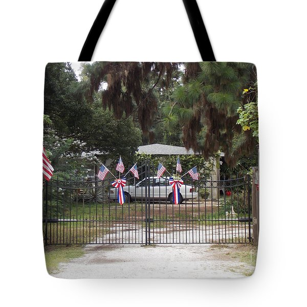 I Love The USA  Tote Bag by To-Tam Gerwe