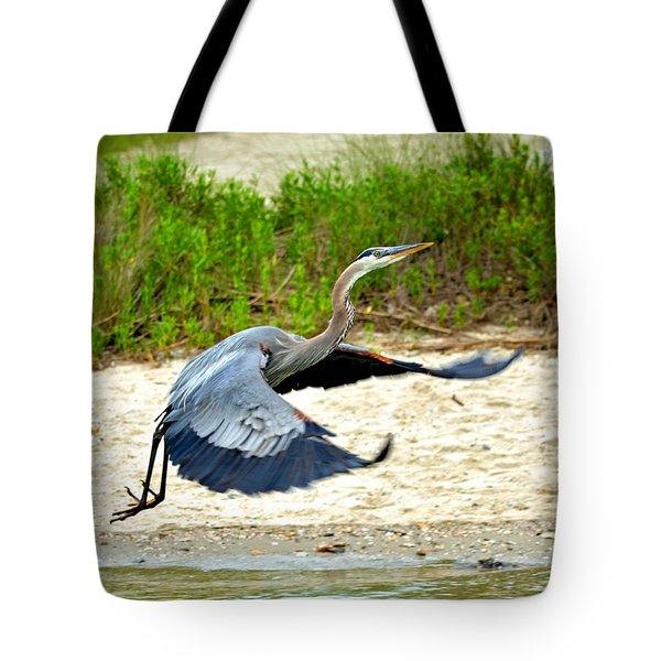 Inflight Great Blue Heron Tote Bag by Sandi OReilly