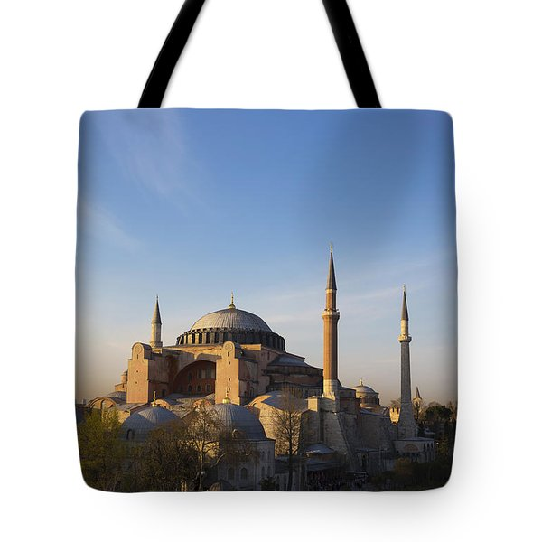 Islamic Mosque At Sunset Istanbul Tote Bag by Mark Thomas