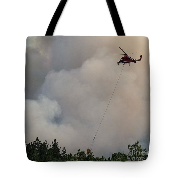 Tote Bag featuring the photograph K-max Helicopter On Myrtle Fire by Bill Gabbert