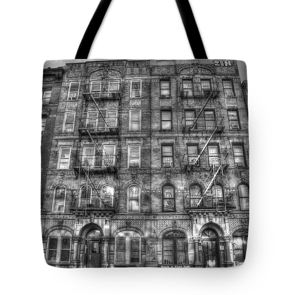 Led Zeppelin Physical Graffiti Building In Black And White Tote Bag by Randy Aveille
