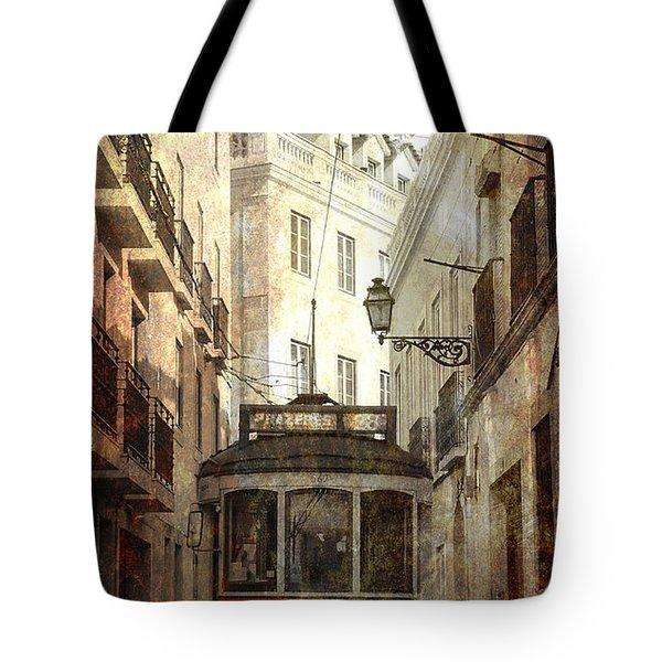 Lisbon Streetcar Tote Bag by Daniel Hagerman