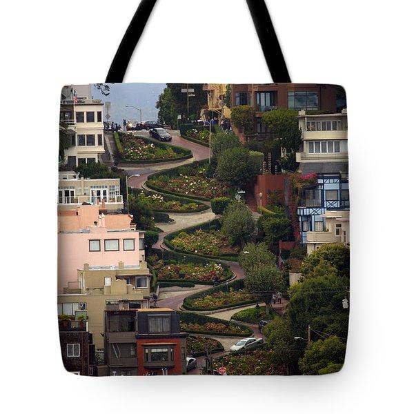 Lombard Street Tote Bag by David Salter
