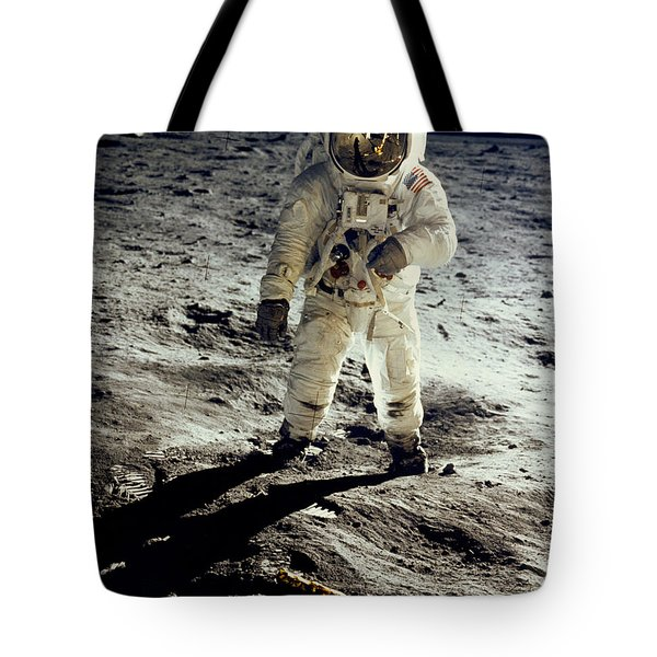 Man On The Moon Tote Bag by Neil Armstrong/Underwood Archive
