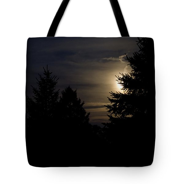Moon Rising 02 Tote Bag by Thomas Woolworth