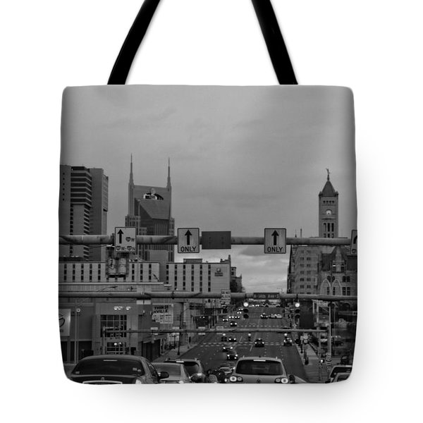 Nashville Skyline In Black And White Tote Bag by Dan Sproul