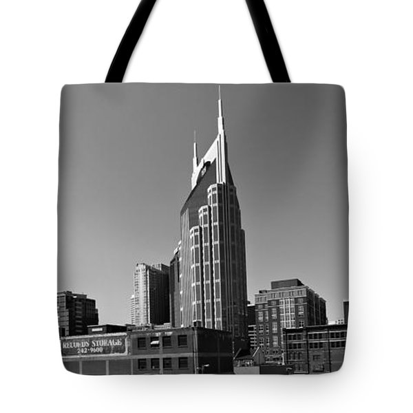 Nashville Tennessee Skyline Black And White Tote Bag by Dan Sproul