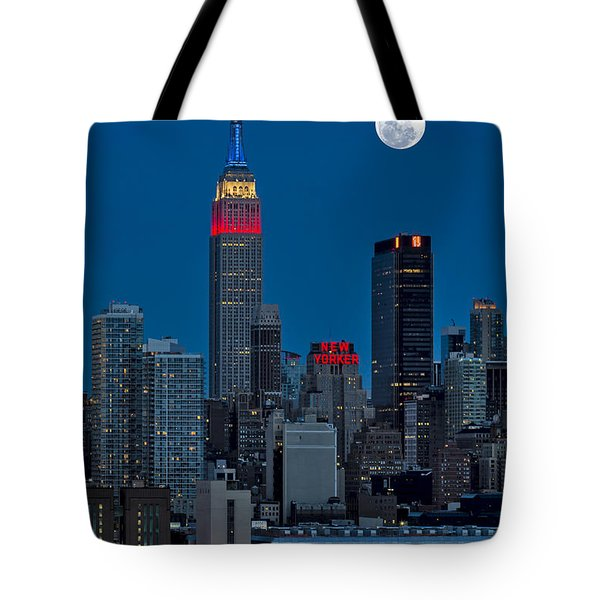 New York City Moonrise Tote Bag by Susan Candelario