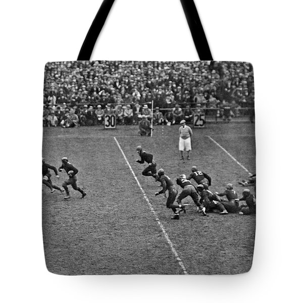 Notre Dame Versus Army Game Tote Bag by Underwood Archives
