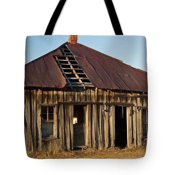 OAlOld House Place Arkansas Tote Bag by Douglas Barnett