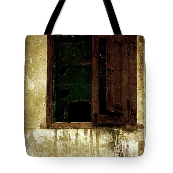 Old And Decrepit Window Tote Bag by RicardMN Photography