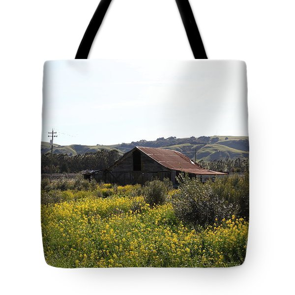 Old Barn in Sonoma California 5D22234 Tote Bag by Wingsdomain Art and Photography