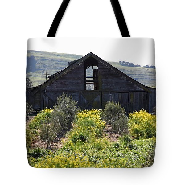 Old Barn in Sonoma California 5D22236 Tote Bag by Wingsdomain Art and Photography