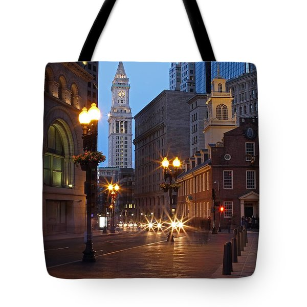 Old State House and Custom House in Boston Tote Bag by Juergen Roth