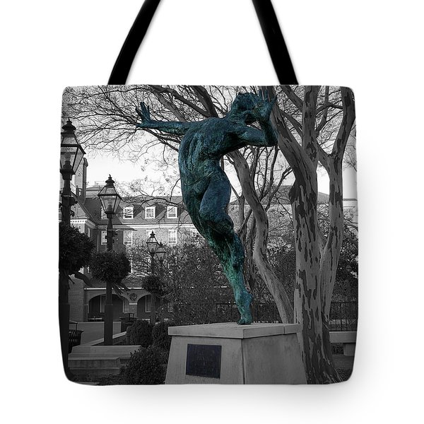 Old Town Alexandria - Brio 1 Tote Bag by Richard Reeve