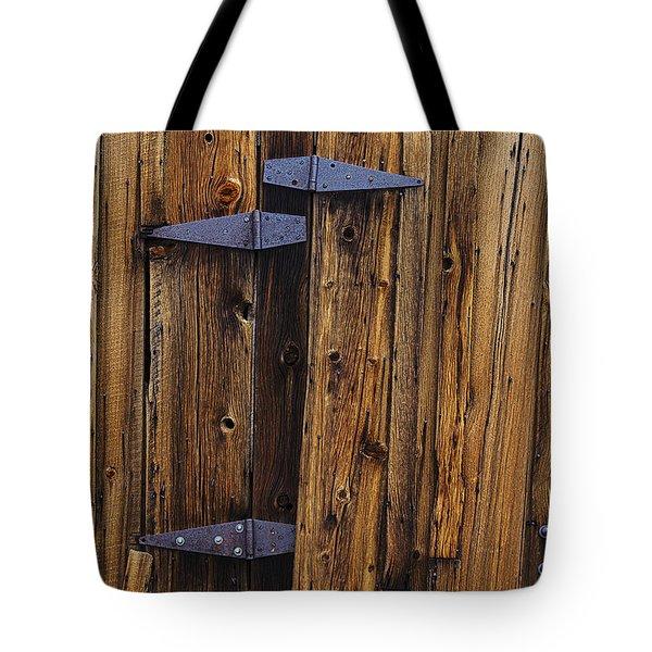 Old Wood Barn Tote Bag by Garry Gay
