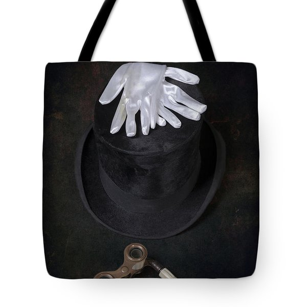 opera Tote Bag by Joana Kruse