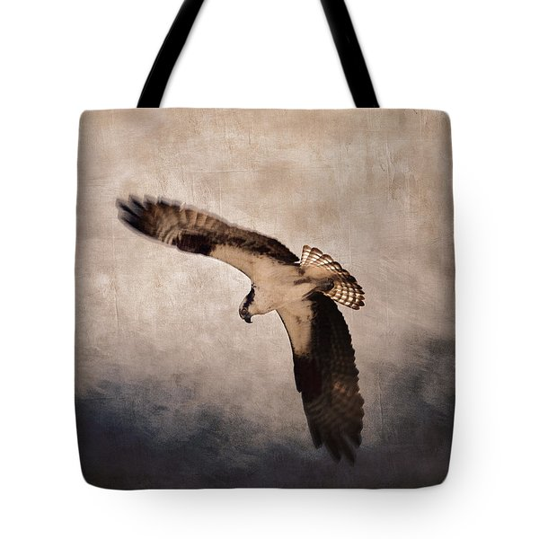 Osprey Over The Columbia River Tote Bag by Carol Leigh