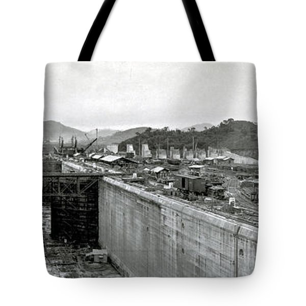 Panama Canal Construction 1910 Tote Bag by Photo Researchers