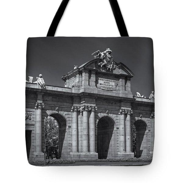 Puerta De Alcala Tote Bag by Susan Candelario