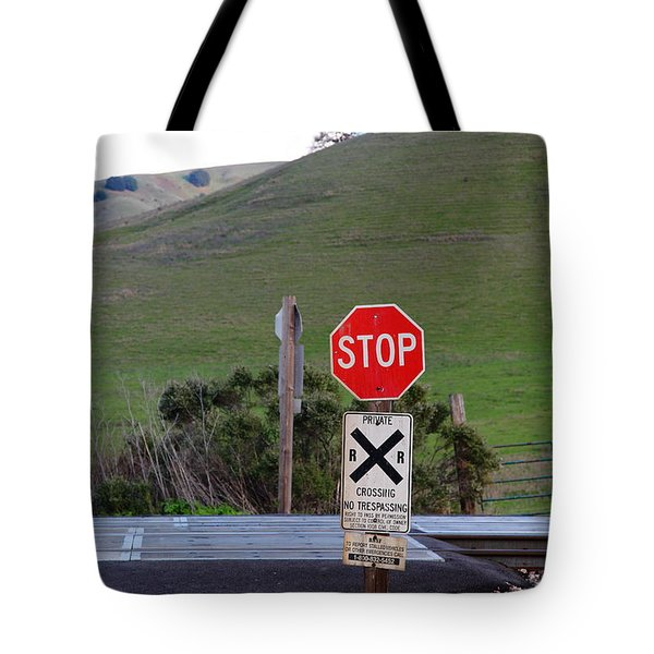 Rail Road Crossing Sign At Fernandez Ranch California - 5d21125 Tote Bag by Wingsdomain Art and Photography