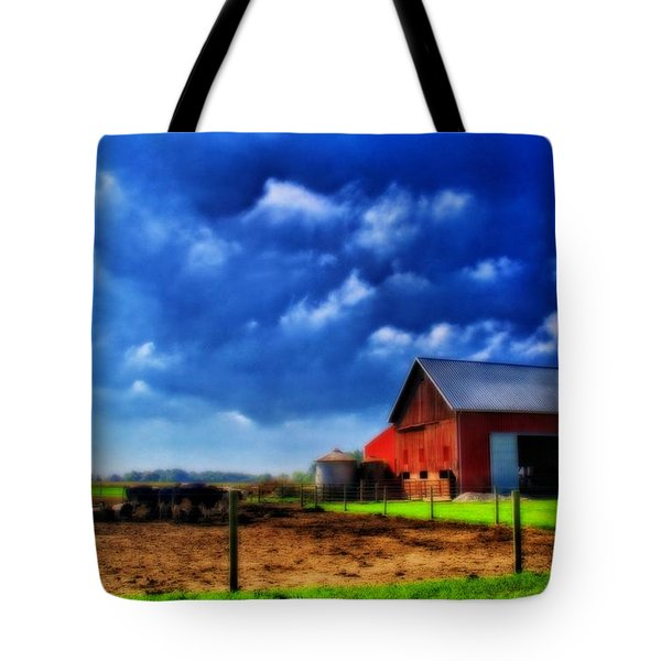 Red Barn And Cows In Ohio Tote Bag by Dan Sproul