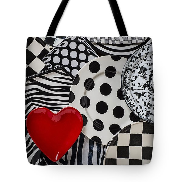 Red Heart Plate On Black And White Plates Tote Bag by Garry Gay