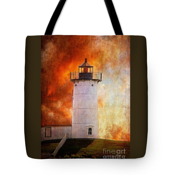 Red Sky At Morning - Nubble Lighthouse Tote Bag by Lois Bryan