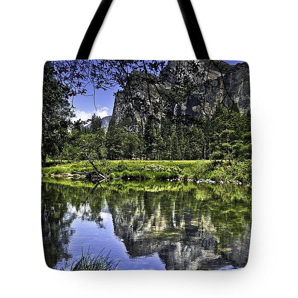 Reflecting On Yosemite Tote Bag by LeeAnn McLaneGoetz McLaneGoetzStudioLLCcom