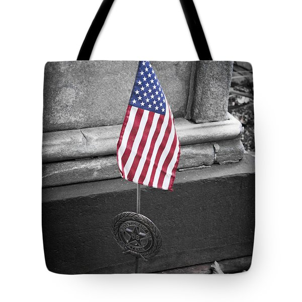 Revolutionary War Veteran Marker Tote Bag by Teresa Mucha