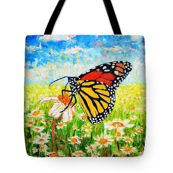Royal Monarch Butterfly In Daisies Tote Bag by Ana Maria Edulescu