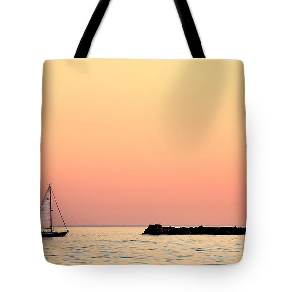 Sailing In Color Tote Bag by Gary Heller