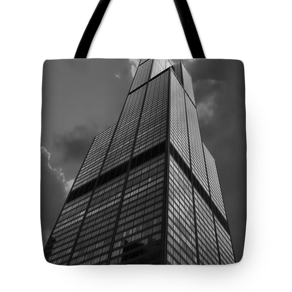 Sears Willis Tower Black And White 01 Tote Bag by Thomas Woolworth
