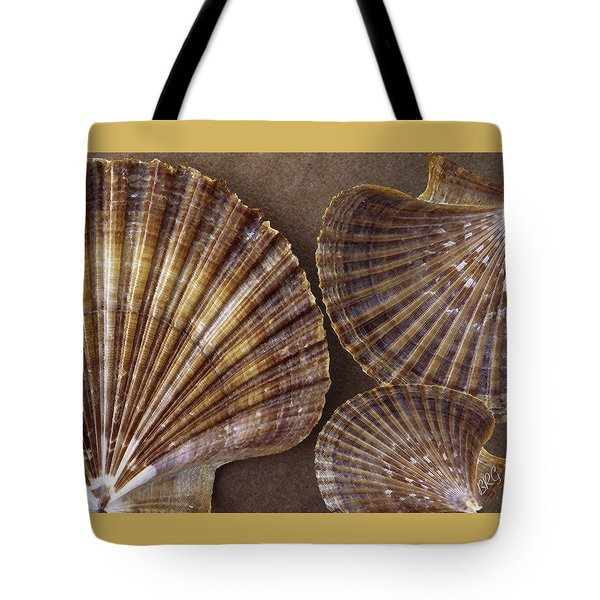 Seashells Spectacular No 7 Tote Bag by Ben and Raisa Gertsberg