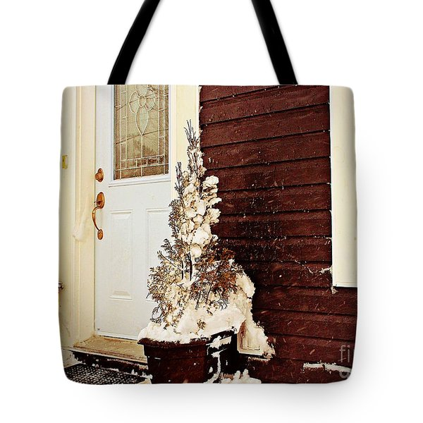 Shelter From The Storm - Blizzard - Snow Storm Tote Bag by Barbara Griffin