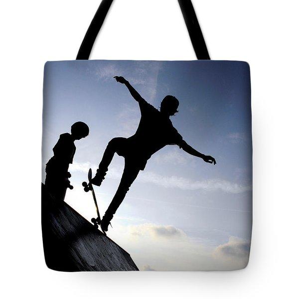 Skateboarders Tote Bag by Fabrizio Troiani