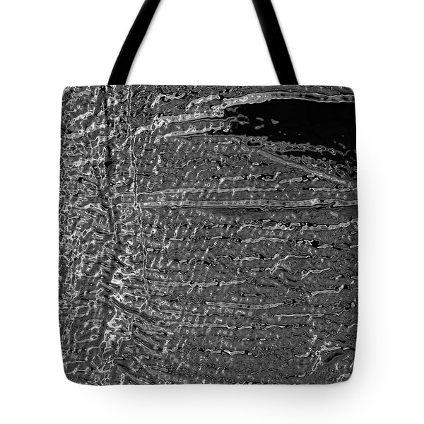 Skin No.18 Effect Tote Bag by Fei A