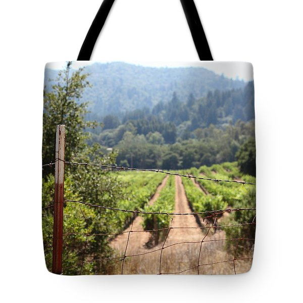 Sonoma Vineyards In The Sonoma California Wine Country 5d24521 Tote Bag by Wingsdomain Art and Photography